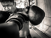 Vittore Buzzi Photography Yangon, Myanmar Lethwei - Let Wei Burma Boxe.<br />