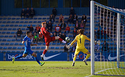 GENK, BELGIUM - Wednesday, October 23, 2019: Liverpool's Sepp Van den Berg during the UEFA Youth League Group E match between KRC Genk Under-19's and Liverpool FC Under-19's at the KRC Genk Arena Stadium B. (Pic by David Rawcliffe/Propaganda)