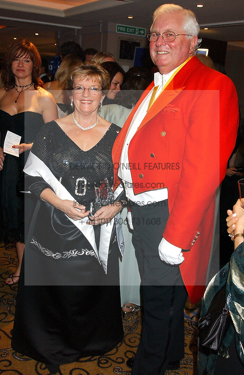 DAVID &amp; FRAN DUNCAN-SKINGLE at a ball in aid of Cystic Fibrosis Trust held at the London Marriott, Grosvenor Square, London on 28th October 2005.<br /><br />NON EXCLUSIVE - WORLD RIGHTS