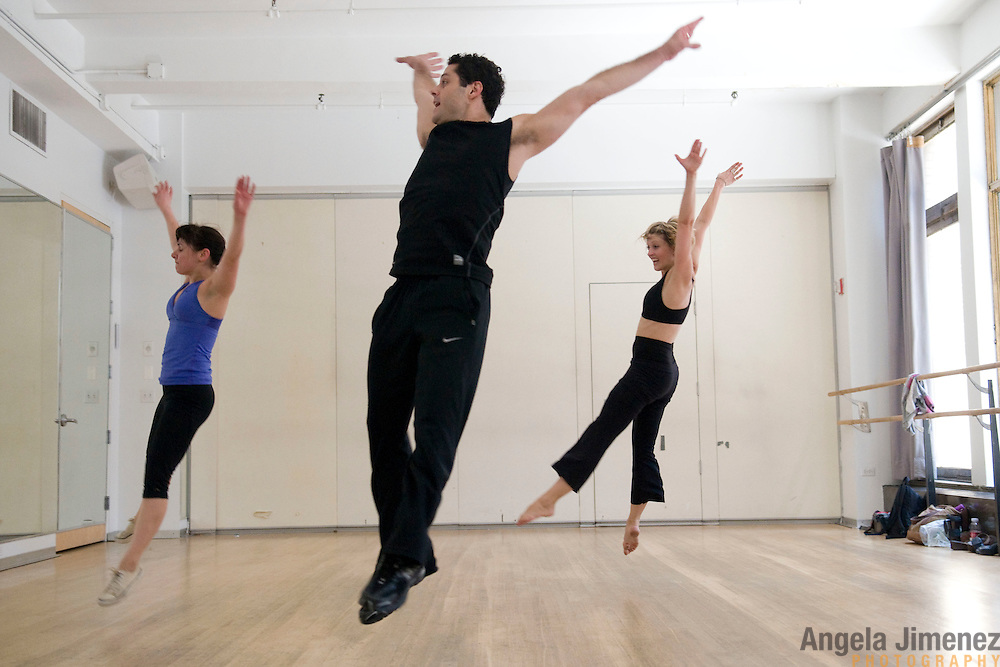 "20100805AJ #14/16..Dancer/choreographer Joshua Bergasse rehearses his piece ""You're Nobody Till Somebody Loves You"" with dancers Valerie Salgado, left, Shiloh Goodin, right, at DANY (Dance Art New York) Studios in New York City on August 5, 2010 in preparation for  the upcoming ShoreDance event at the Algonquin Arts Theatre in Manasquan, New Jersey...photo by Angela Jimenez/ for The Star-Ledger ...."