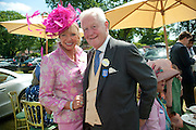 MRS. EDWARD SCOTT; SIR BENJAMIN SLADE, Lunch part hosted by Liz Brewer and Mrs. George Piskova in No; 1 car-park. . Royal Ascot. Tuesday. 14 June 2011. <br /> <br />  , -DO NOT ARCHIVE-© Copyright Photograph by Dafydd Jones. 248 Clapham Rd. London SW9 0PZ. Tel 0207 820 0771. www.dafjones.com.