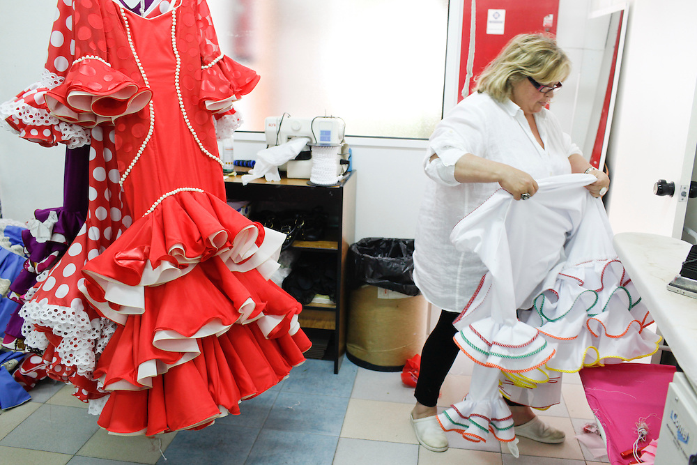 Abril, 17, 2010. Lifestyle/Spain. Seville April Fair. The clothing firm of flamenco dresses Maricruz.