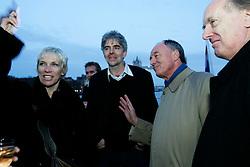 UK ENGLAND LONDON 6MAR07 - Singer Annie Lennox, Greenpeace Director John Savin and the Major of London Ken Livingstone and Ian Gibson MP share a joke aboard the Arctic Sunrise moored next to the HMS Belfast on the river Thames, central London...jre/Photo by Jiri Rezac..© Jiri Rezac 2006..Contact: +44 (0) 7050 110 417.Mobile:  +44 (0) 7801 337 683.Office:  +44 (0) 20 8968 9635..Email:   jiri@jirirezac.com.Web:    www.jirirezac.com..© All images Jiri Rezac 2006 - All rights reserved.