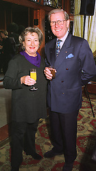 MR & MRS BOB HOLNESS he is the TV presenter, at a luncheon in London on 31st January 1999.MNR 14