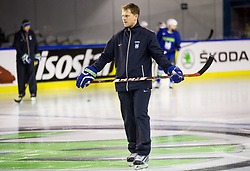 Edo Terglav, assistant coach during practice session of Team Slovenia at the 2017 IIHF Men's World Championship, on May 11, 2017 in AccorHotels Arena in Paris, France. Photo by Vid Ponikvar / Sportida