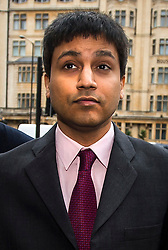 © Licensed to London News Pictures. 05/02/2016. London, UK. Trader NAVINDER SINGH SARAO  arrives at Westminster Magistrates court in London. Sarao, nicknamed the Hound of Hounslow, is accused of contributing to the 2010 flash crash. He has been charged with 22 counts of fraud and market manipulation by the US authorities who want to extradite him. Photo credit: Ben Cawthra/LNP