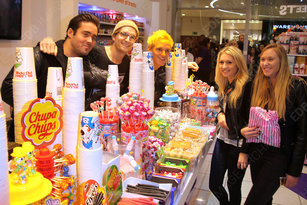 26.NOVEMBER.2012. LONDON<br /> <br /> MADE IN CHELSEA STAR, JAMIE LAING HAS COLLABORATED WITH KINGDOM OF SWEETS TO LAUNCH AN EXCLUSIVE CANDY KITTEN CONFECTIONARY SELECTION, TODAY WAS HIS THIRD LAUNCH AT LAKESIDE, ESSEX, WITH SPENCER MATTHEWS AND OLIVER PROUDLOCK<br /> <br /> BYLINE: EDBIMAGEARCHIVE.CO.UK<br /> <br /> *THIS IMAGE IS STRICTLY FOR UK NEWSPAPERS AND MAGAZINES ONLY*<br /> *FOR WORLD WIDE SALES AND WEB USE PLEASE CONTACT EDBIMAGEARCHIVE - 0208 954 5968*
