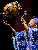 Oumou Sangare WOMAD Reading 27th July 2003