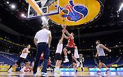 DESCRIZIONE : Berlino EuroBasket 2015 - allenamento<br /> GIOCATORE : Danilo Gallinari<br /> CATEGORIA : allenamento<br /> SQUADRA : Italia Italy<br /> EVENTO : EuroBasket 2015<br /> GARA : Berlino EuroBasket 2015 - allenamento<br /> DATA : 03/09/2015<br /> SPORT : Pallacanestro<br /> AUTORE : Agenzia Ciamillo-Castoria/R.Morgano<br /> Galleria : FIP Nazionali 2015<br /> Fotonotizia : Berlino EuroBasket 2015 - allenamento