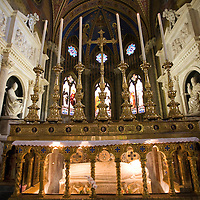 High altar of Santa Maria Sopra Minerva Basilica, with the tomb of Santa Caterina da Siena and the  Medici or Choir chapel on the background