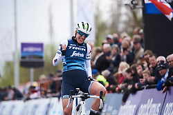 Ellen van Dijk (NED) wins Dwars door Vlaanderen - Elite Women 2019, a 108 km road race from Tielt to Waregem, Belgium on April 3, 2019. Photo by Sean Robinson/velofocus.com