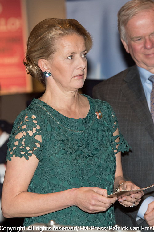 Prins Friso Ingenieursprijs uitgereikt aan Maja Rudinac oprichter van Robot Care systems.<br /> <br /> Prince Friso Engineer Award awarded to Maja Rudinac, founder of Robot Care systems.<br /> <br /> Op de foto: <br />  Prinses Mabel / Princess Mabel