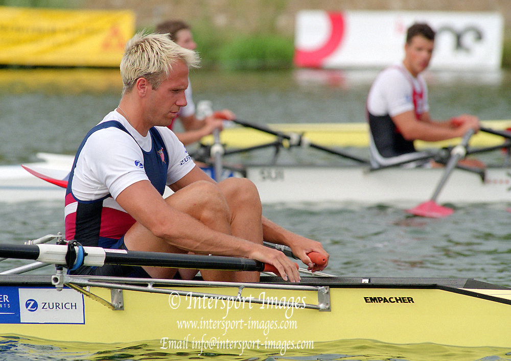 Vienna AUSTRIA. USA M4X.  Sean HALL.  2000 FISA World Cup. 2nd Round. Vienna Neue Donau Rowing Course  [Mandatory Credit. Peter Spurrier/Intersport Images]
