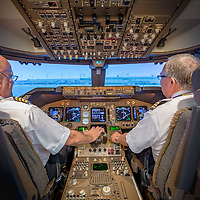 Boeing 777 Flight Simulator Flight Deck