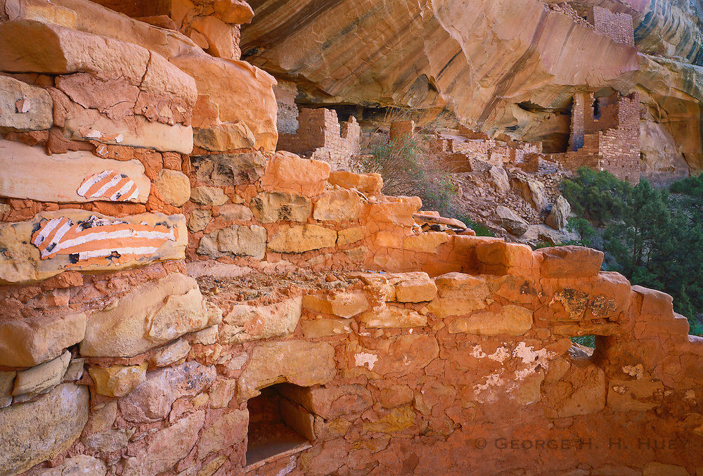 0405-1129 ~ Copyright: George H. H. Huey ~ Pictographs inside Kodak House kiva. Ancestral Puebloan culture [aka Anasazi], 12th/13th centuries A.D. Mesa Verde National Park, Colorado.