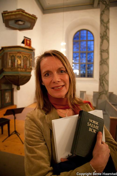 """Elisabeth Matheson har dramatisert historien om Morset-familiens flukt fra Rinnan og Gestapo i Selbu 1943. """"Snømørkt"""" får urpremiere 28. februar 2013, på dagen 70 år etter dramaet under 2. verdenkrig."""