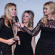 NLD/Amsterdam/20131111 - Beau Monde Awards 2013, Dolly van den Akker en Daphne Deckers en winnares Nicolette van Dam