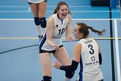 20180303 NED: Eredivisie Sliedrecht Sport - VC Sneek, Sliedrecht <br />Carlijn Ghijssen- Jans (10) of Sliedrecht Sport, Esther Hullegie (3) of Sliedrecht Sport <br />©2018-FotoHoogendoorn.nl / Pim Waslander