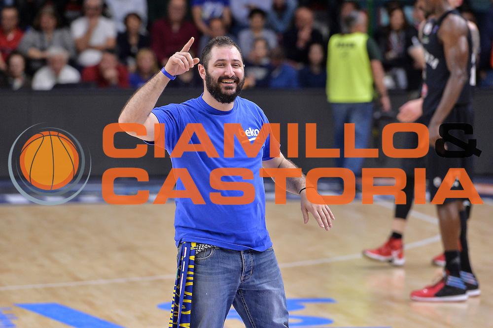 DESCRIZIONE : Beko Legabasket Serie A 2015- 2016 Dinamo Banco di Sardegna Sassari - Pasta Reggia Juve Caserta<br /> GIOCATORE : Gioco Beko<br /> CATEGORIA : Beko Spettacolo Intrattenimento Show<br /> SQUADRA : Beko<br /> EVENTO : Beko Legabasket Serie A 2015-2016<br /> GARA : Dinamo Banco di Sardegna Sassari - Pasta Reggia Juve Caserta<br /> DATA : 03/04/2016<br /> SPORT : Pallacanestro <br /> AUTORE : Agenzia Ciamillo-Castoria/L.Canu