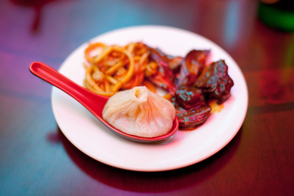 Soup Dumplings at Shanghai Cafe Deluxe (P$FREE) - Goodbye Tsao Lunch