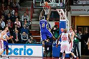 DESCRIZIONE : Varese Lega A 2013-14 Cimberio Varese Acqua Vitasnella Cantu<br /> GIOCATORE : Adrian Uter<br /> CATEGORIA : Tiro<br /> SQUADRA : Acqua Vitasnella Cantu<br /> EVENTO : Campionato Lega A 2013-2014<br /> GARA : Cimberio Varese Acqua Vitasnella Cantu<br /> DATA : 15/12/2013<br /> SPORT : Pallacanestro <br /> AUTORE : Agenzia Ciamillo-Castoria/G.Cottini<br /> Galleria : Lega Basket A 2013-2014  <br /> Fotonotizia : Varese Lega A 2013-14 Cimberio Varese Acqua Vitasnella Cantu<br /> Predefinita :