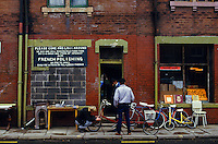 Secondhand shop, Meanwood Road Leeds. 08/08/1985.