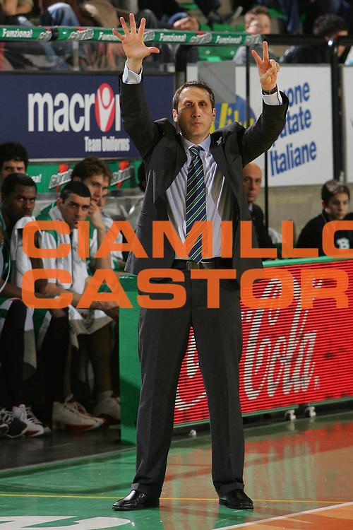 DESCRIZIONE : Treviso Eurolega 2006-07 Top 16 Benetton Treviso Unicaja Malaga <br /> GIOCATORE : Blatt <br /> SQUADRA : Benetton Treviso <br /> EVENTO : Eurolega 2006-2007 Top 16 <br /> GARA : Benetton Treviso Unicaja Malaga <br /> DATA : 08/03/2007 <br /> CATEGORIA : Ritratto <br /> SPORT : Pallacanestro <br /> AUTORE : Agenzia Ciamillo-Castoria/S.Silvestri