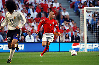 "01/06/04 - MANCHESTER - ENGLAND - JAPAN NATIONAL TEAM - JAPAN (1)  Vs.ENGLAND (1)  at MANCHESTER CITY STADIUM. Friendly match for the ""FA SUMMER TOURNAMENT""<br />