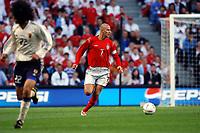 "01/06/04 - MANCHESTER - ENGLAND - JAPAN NATIONAL TEAM - JAPAN (1)  Vs.ENGLAND (1)  at MANCHESTER CITY STADIUM. Friendly match for the ""FA SUMMER TOURNAMENT""<br />England player DAVID BECKHAM<br />© Gabriel Piko"