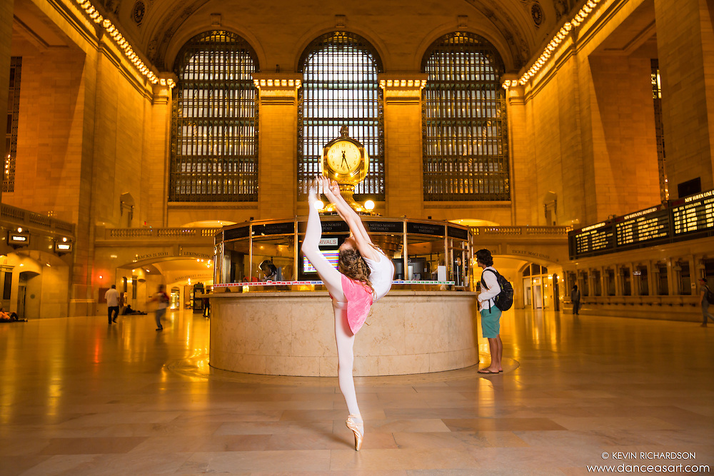 Grand Central Station Ballet. Anna Mello
