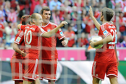 19.10.2013, Allianz Arena, München, GER, 1. FBL, FC Bayern Muenchen vs 1. FSV Mainz 05, 9. Runde, im Bild Freude bei v l Mario Goetze (FC Bayern Muenchen), Arjen Robben (FC Bayern Muenchen), Mario Mandzukic (FC Bayern Muenchen), Thomas Mueller (FC Bayern Muenchen) // during the German Bundesliga 9th round match between FC Bayern Munich and 1. FSV Mainz 05 at the Allianz Arena in München, Germany on 2013/10/20. EXPA Pictures © 2013, PhotoCredit: EXPA/ Eibner-Pressefoto/ Stuetzle<br /> <br /> *****ATTENTION - OUT of GER*****