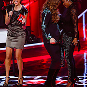 NLD/Hilversum/20121214 - Finale The Voice of Holland 2012, Trijntje Oosterhuis en Leona Phillipo