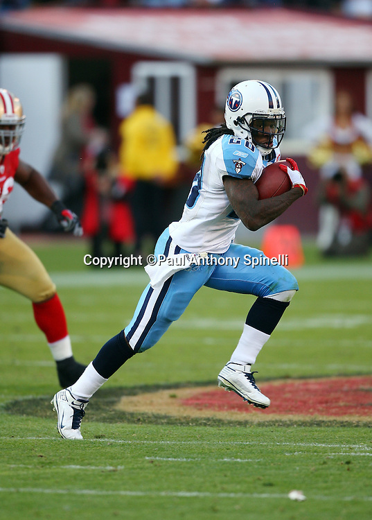 Tennessee Titans running back Chris Johnson (28) runs the ball during the NFL football game against the San Francisco 49ers, November 8, 2009 in San Francisco, California. The Titans won the game 34-27. (©Paul Anthony Spinelli)