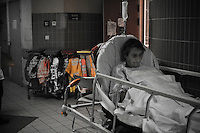 Urgencies on strike.<br /> Too many sick people, not enough staff...<br /> Welcome in the &quot;best department hospital in the world&quot;.