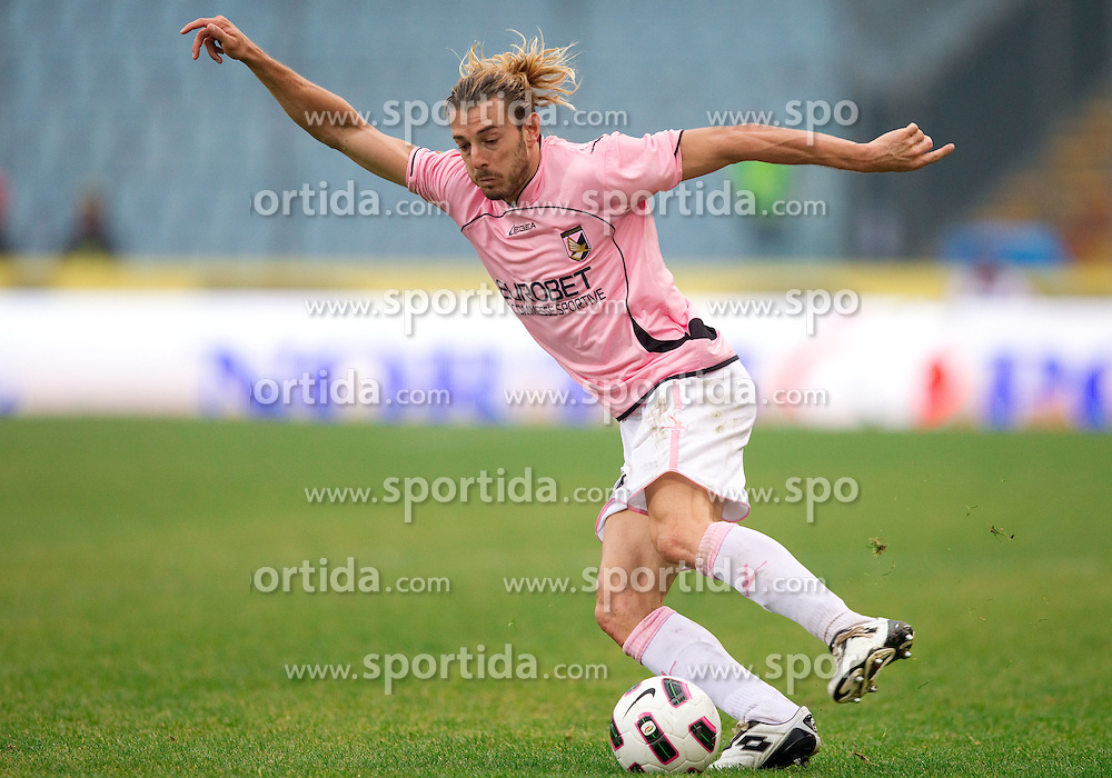 Federico Balzaretti of Palermo during football match between Udinese Calcio and Palermo in 8th Round of Italian Seria A league, on October 24, 2010 at Stadium Friuli, Udine, Italy.  Udinese defeated Palermo 2 - 1. (Photo By Vid Ponikvar / Sportida.com)