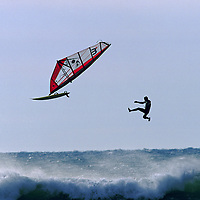 WINDSURF - CHUTE - CARRO 01/96 <br />