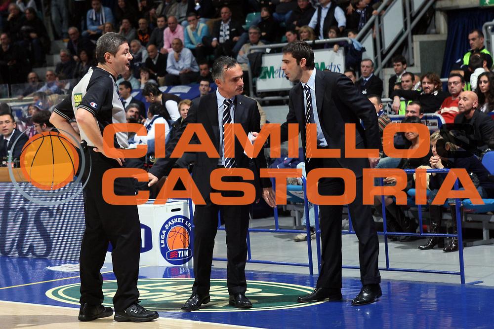 DESCRIZIONE : Bologna Lega A1 2008-09 GMAC Fortitudo Bologna Carife Ferrara<br /> GIOCATORE : Giorgio Valli Luigi Lamonica<br /> SQUADRA : Carife Ferrara<br /> EVENTO : Campionato Lega A1 2008-2009<br /> GARA : GMAC Fortitudo Bologna Carife Ferrara<br /> DATA : 29/11/2008<br /> CATEGORIA : arbitro referees<br /> SPORT : Pallacanestro<br /> AUTORE : Agenzia Ciamillo-Castoria/G.Livaldi