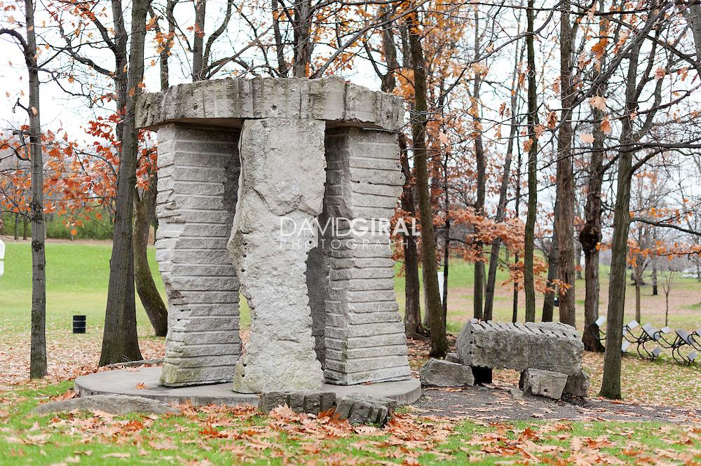 Sculpture Le Carroussel Sauvage, Louis Chavigner, Art Public, Parc du Mont-Royal, Montréal, Québec Canada