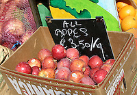 Organic apples for sale