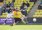 Jamie McCluskey scores for Dundee - Livingston v Dundee, IRN BRU Scottish Football League, First Division - ..© David Young - .5 Foundry Place - .Monifieth - .Angus - .DD5 4BB - .Tel: 07765 252616 - .email: davidyoungphoto@gmail.com.web: www.davidyoungphoto.co.uk