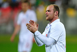 07.06.2010, Stadion, Rustenburg, RSA, FIFA WM 2010, Vorbereitung, England vs Platinum Stars im Bild Wayne Rooney, applaudiert, EXPA Pictures © 2010, PhotoCredit: EXPA/ InsideFoto/ Giorgio Perottino : ATTENTION FOR AUSTRIA and SLOVENIA ONLY! / SPORTIDA PHOTO AGENCY