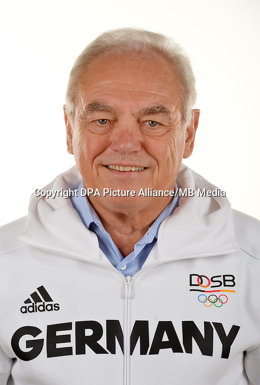 Walter Schneeloch poses at a photocall during the preparations for the Olympic Games in Rio at the Emmich Cambrai Barracks in Hanover, Germany. July 08, 2016. Photo credit: Frank May/ picture alliance. | usage worldwide