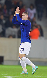 LILLE, FRANCE - Thursday, October 23, 2014: Everton's Ross Barkley applauds the supporters as he is substituted during the UEFA Europa League Group H match against Lille OSC at Stade Pierre-Mauroy. (Pic by David Rawcliffe/Propaganda)