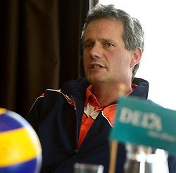 12-05-2014 NED: Persconferentie Nederlands vrouwen en mannen team, Arnhem<br /> Op papendal werden door beide bondcoaches en aanvoerders de plannen voor het nieuwe seizoen gepresenteerd / Gido Vermeulen