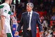 DESCRIZIONE : Varese Lega A 2014-15 Openjobmetis Varese Sidigas Avellino<br /> GIOCATORE : fabrizio Frates<br /> CATEGORIA : Allenatore Coach Mani espressioni <br /> SQUADRA : Sidigas Avellino<br /> EVENTO : Campionato Lega A 2014-2015<br /> GARA : Openjobmetis Varese Sidigas Avellino<br /> DATA : 10/05/2015<br /> SPORT : Pallacanestro<br /> AUTORE : Agenzia Ciamillo-Castoria/M.Ozbot<br /> Galleria : Lega Basket A 2014-2015 <br /> Fotonotizia: Varese Lega A 2014-15  Openjobmetis Varese Sidigas Avellino