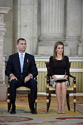 18.06.2014, Royal Palace, Madrid, ESP, Abdankung König Juan Carlos, Unterzeihnung der Abdankungspapiere, im Bild Prince Felipe of Spain and Princess Letizia of Spain // during the official abdication ceremony at the Royal Palace in Madrid, Spain on 2014/06/18. EXPA Pictures © 2014, PhotoCredit: EXPA/ Alterphotos/ Pool<br /> <br /> *****ATTENTION - OUT of ESP, SUI*****