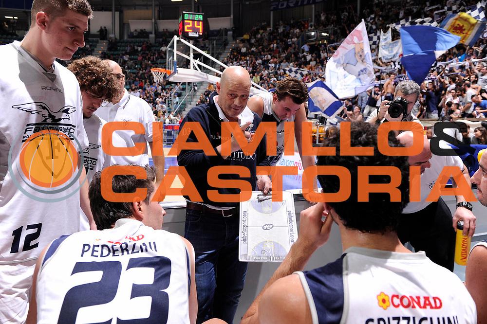 DESCRIZIONE : Bologna Campionato LNP Adecco DNB 2013-14 Tulipano Fortitudo Bologna Alessandria Basket<br /> GIOCATORE : Antonio Tinti<br /> CATEGORIA : timeout<br /> SQUADRA : Tulipano Fortitudo Bologna<br /> EVENTO : Campionato DNB 2013-2014<br /> GARA : Tulipano Fortitudo Bologna Alessandria Basket<br /> DATA : 27/10/2013<br /> SPORT : Pallacanestro <br /> AUTORE : Agenzia Ciamillo-Castoria/M.Marchi<br /> Galleria : Divisione Nazionale B <br /> Fotonotizia : Bologna Campionato LNP Adecco DNB 2013-14 Tulipano Fortitudo Bologna Alessandria Basket<br /> Predefinita :