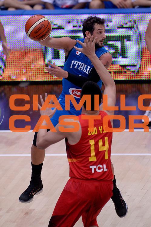 DESCRIZIONE : Trento Nazionale Italia Uomini Trentino Basket Cup Italia Cina Italy China<br /> GIOCATORE : Marco Belinelli<br /> CATEGORIA : passaggio tecnica curiosita<br /> SQUADRA : Italia Italy<br /> EVENTO : Trentino Basket Cup<br /> GARA : Trentino Basket Cup Italia Cina Italy China<br /> DATA : 18/06/2016<br /> SPORT : Pallacanestro<br /> AUTORE : Agenzia Ciamillo-Castoria/Max.Ceretti<br /> Galleria : FIP Nazionali 2016<br /> Fotonotizia : Trento Nazionale Italia Uomini Trentino Basket Cup Italia Cina Italy China
