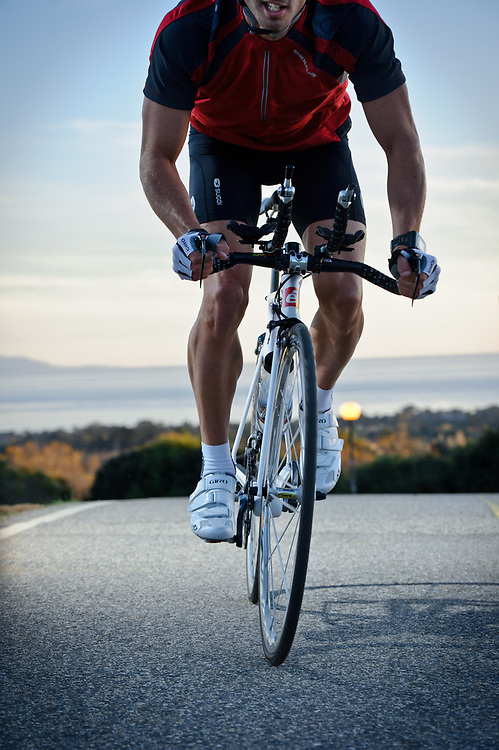 Triathlete Eric Clarkson cycling in Santa Cruz, CA | Magellan GPS