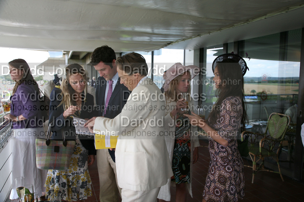 Lord Pembroke, Victoria Bullough and Lord March. Glorious Goodwood. 31 July 2007.  -DO NOT ARCHIVE-© Copyright Photograph by Dafydd Jones. 248 Clapham Rd. London SW9 0PZ. Tel 0207 820 0771. www.dafjones.com.